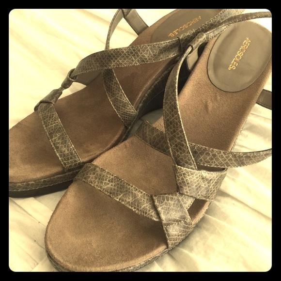 20da571af00b AEROSOLES Shoes - Size 10 tan snakeskin print aerosoles ladies shoes