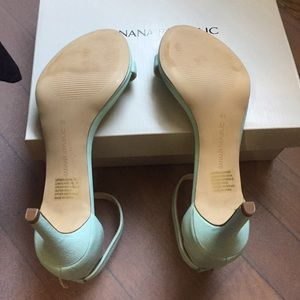 9f173ba5c2 Banana Republic Shoes - Banana Republic Leather Mint Green Sandals