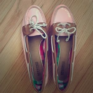 Pink patent Sperry Top-Siders