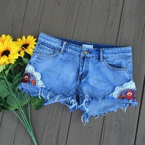 Altar'd State Pants - Others follow embroidered shorts