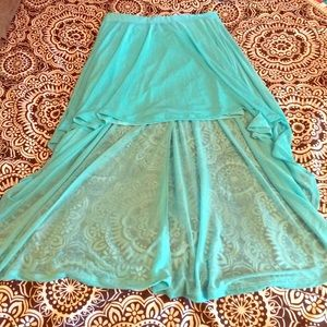 Junior fit Teal high low skirt! Worn once!