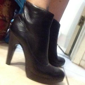 Jessica Simpson boots! Size 36.5