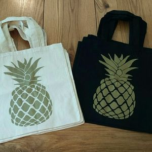 "💋ONLY 2 ivory LEFT💋""Golden Pineapple "" tote bags"