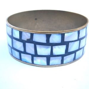 Jewelry - 🌺HOST PICK🌺Special Mother Of Pearl Inlaid Bangle