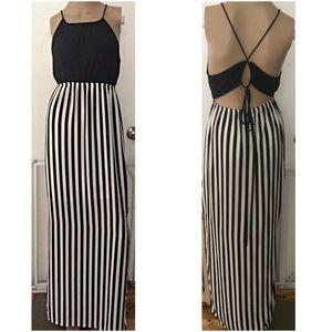 Classic Dresses & Skirts - NWOT Sexy Back Slits Black & White Maxi Dress