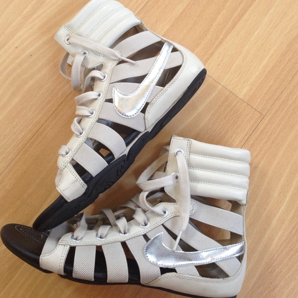 bd53aed333e nike gladiator sandals