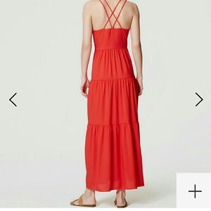 LOFT Dresses - LOFT gorgeous flowy maxi dress