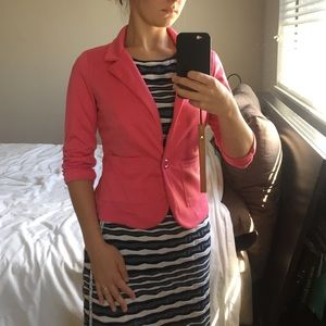 Hot pink blazer with gathered 3/4 sleeves