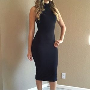 Dresses & Skirts - Black High Neck Midi Dress