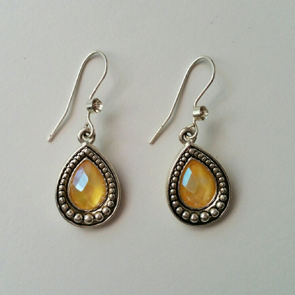 Jewelry - Sterling Silver Cat's Eye Earrings