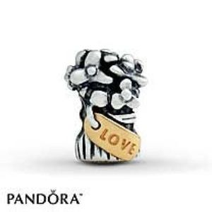 Pandora flower bouquet charm with gold detail