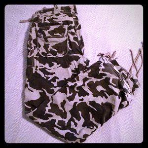 Arizona Jean Company Pants - 🚨Black Gray Camo Camouflage Corduroy Cargo Pants