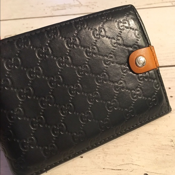 8c0b847a1ee Gucci Other - Gucci Micro Guccissima Leather Bi-fold Wallet