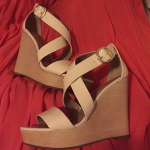 Banana Republic Isabel Wedges