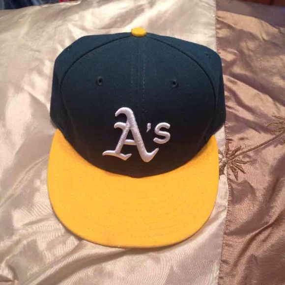 ⚾️Oakland A s Fitted Hat⚾ . M 57997578620ff7c83b010569 92e1dc675d7