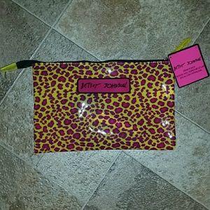 Betsey Johnson Handbags - Betsey Johnson Zipper Pouch