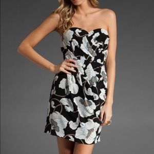 Tibi Dresses & Skirts - Tibi Silk Flower Dress