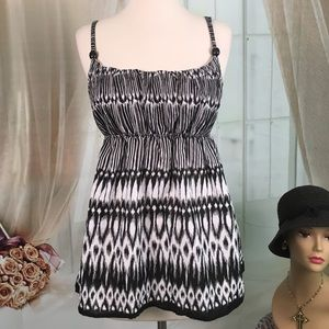 A. Byer Tops - A. Byer Black and White Summer Top