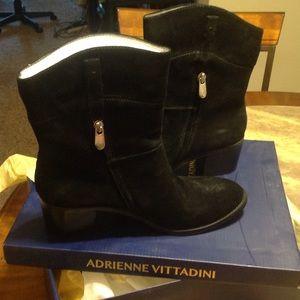 Adrienne Vittadini Fonzie Boots - Suede