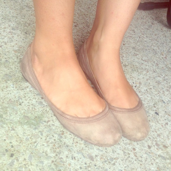 Frye Womens Carson Ballet Flat