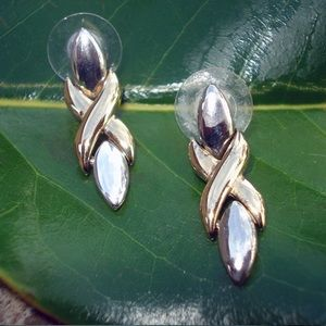 Jewelry - Silver and gold dangle pierced earrings
