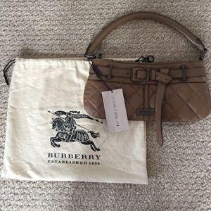 Burberry Bags - 💫✨🎁New with tag GENUINE BURBERRY BAG! e7ade2a3deea7