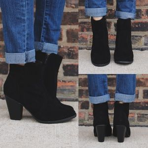 Shoes - Black suede round toe heels ankle bootie