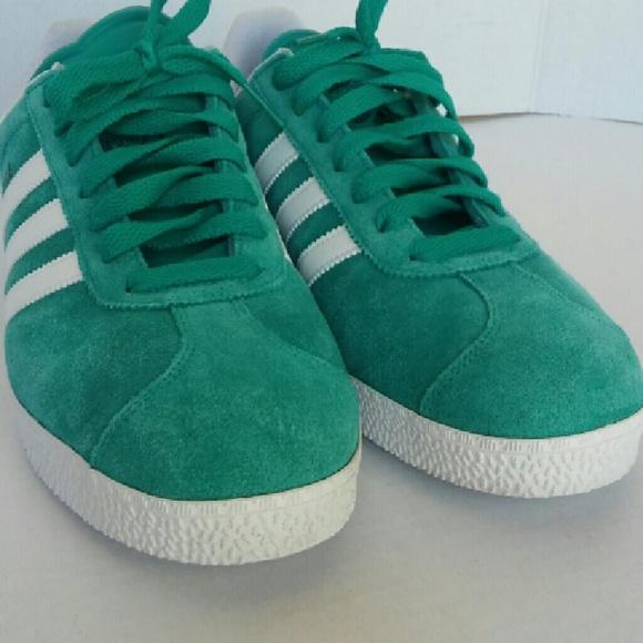 Le adidas gazzelle retrò verde mare 70 stile poshmark