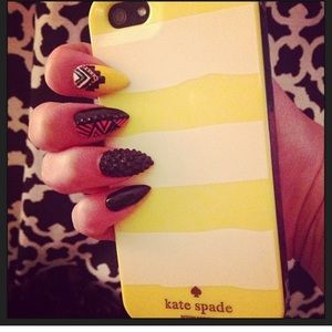 kate spade Accessories - Kate Spade New York IPhone 5S Case🌙