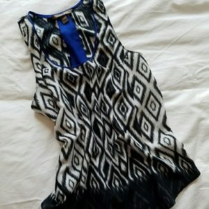 Charlie Jade Tops - Graphic tank with cobalt detail
