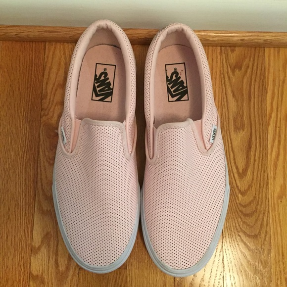 5061d6dd28e Pink perforated leather slip on Vans Asher Classic.  M 579a87a256b2d6072d00f87a