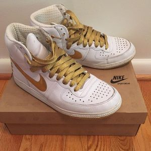 Nike Shoes - White 564cd3c6b