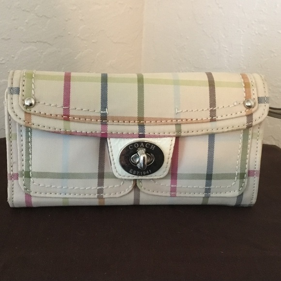 coach bags cloth tattersall full size wallet poshmark