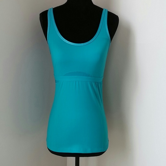 3f942fc4fc 78% off ALO Yoga Tops - Alo yoga top with shelf bra from .