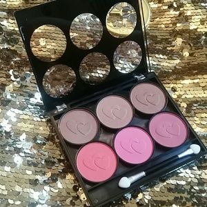 Starry  Other - Bronzer and Blush palette med to dark skin NEW