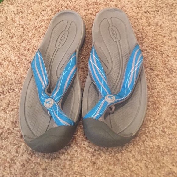 64 keen shoes keen flip flops s size 11 from