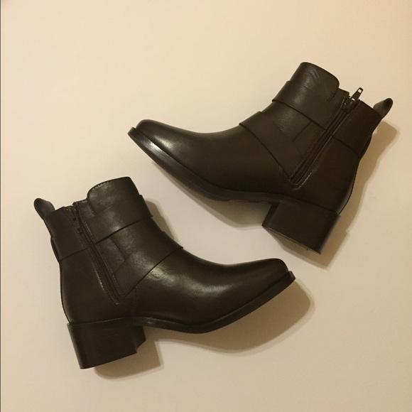 78 barneys new york shoes barneys new york brown