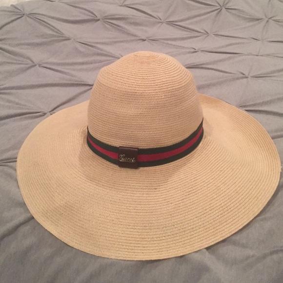 e2390473507 Gucci Accessories - Gucci beach hat! 100% authentic!