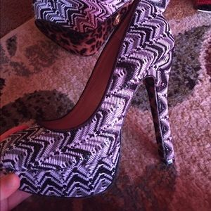 Authentic betsey Johnson heels