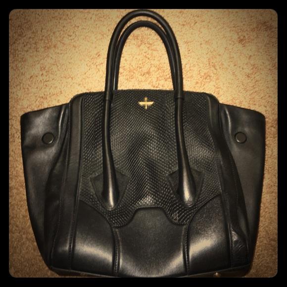 Pour la Victoire Bags   Structured Celine Shape Tote Bag   Poshmark 2ea5f6af07