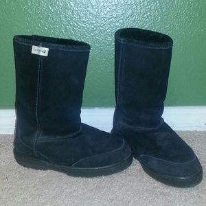 BearPaw Shoes - 😊😍🤑 BEARPAW BLACK BOOTS 😊😍🤑