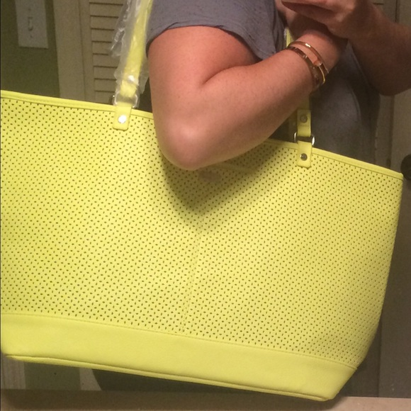 ac2a85af5b Large Gorgeous Citron Yellow Leather Bag!
