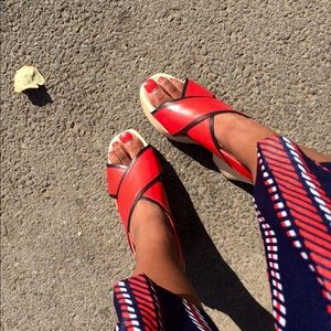 Zara Shoes - ZARA Retro 70s CLOGS