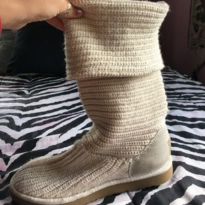 Knit ugg boots: size 7