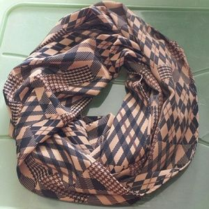 Accessories - Infinity scarf. Black and browns.