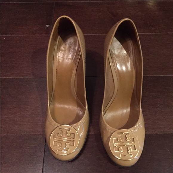 243eaa63445a6 Authentic Tory Burch patent leather nude wedge sz8.  M 579b994ff092821f44048630