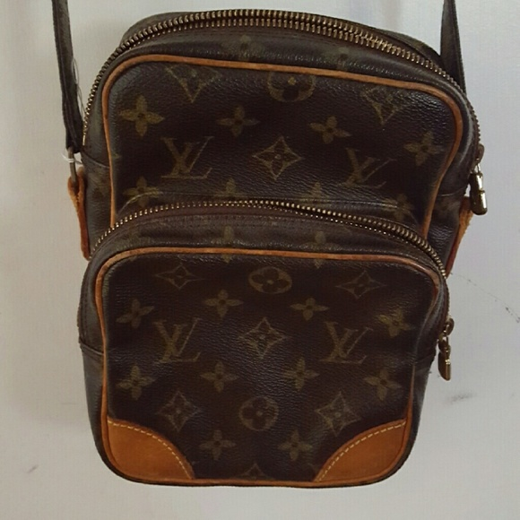 0c2f466a8be7 Louis Vuitton Handbags - Authentic Louis Vuitton Vintage Amazon Crossbody