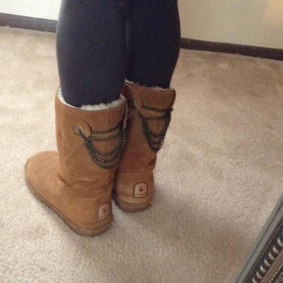 Chain Back Bearpaw Boots | Poshmark