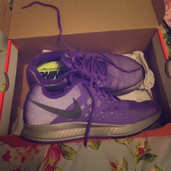 Nike Zoom Pegasus 31 H20 Repel Grape Running Shoes
