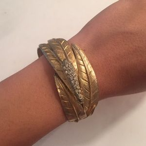 Jewelry - Vintage Gold Leaf Bangle Bracelet